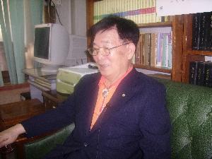 구인환(丘仁煥) 사진